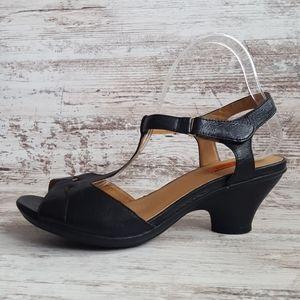 Like New Miz Mooz Black Leather Sandal